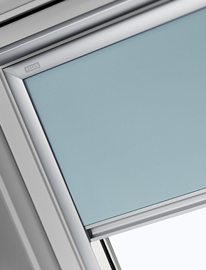 Tende oscuranti plissettate velux top isolamento 15 di for Tende velux scontate